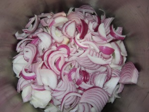 Combination of sweet and red onions, along with salt.