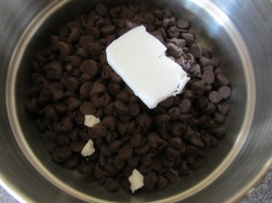Semisweet chocolate chips and shortening.