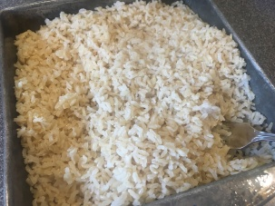 Fluffed rice after cooking for an hour.